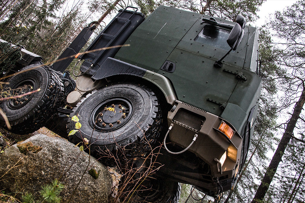 all terrain and military vehicle tires nokian heavy tyres. Black Bedroom Furniture Sets. Home Design Ideas