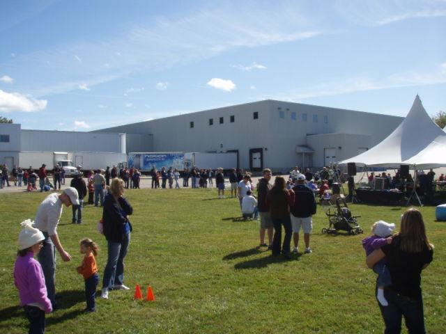 Avajaiset. Pohjois-Amerikan myyntiyhtiö siirtyi Colchsteriin Vermontiin vuonna 2010.