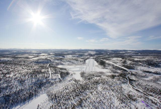 Talvirenkaiden testaus keskittyy omaan ja ainutkertaiseen Ivalon-testikeskukseen. Testausjakso kestää liki puoli vuotta.