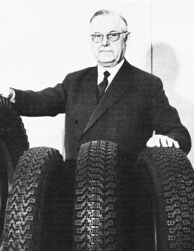 Erik Sundquist worked tirelessly in order to develop the tyre retail network and the position of car tyres in the rubber factory's sales portfolio.