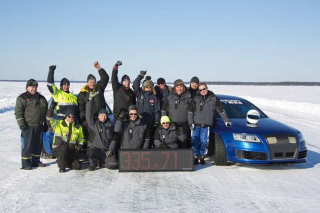 Джанне Лэйтнен и Nokian Hakkapeliitta 8 устанавливают мировой рекорд скорости.